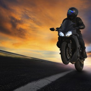 stunt rider performing trick may consult with toledo motorcycle accident lawyers if injured while riding